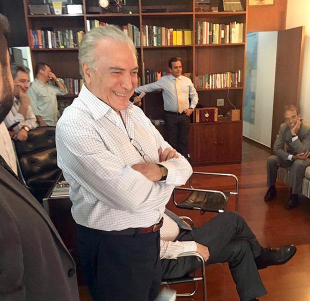 O vice-presidente Michel Temer acompanhando a votação do impeachment