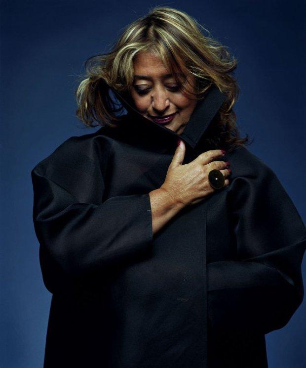 A arquiteta Zaha Hadid, fotografada por Steve Double, em 2007.