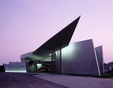 Estação de Bombeiros Vitra, em Weil am Rhein (Alemanha).