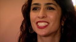 MARISA MONTE sorrindo