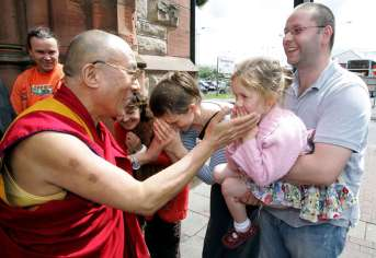 O Dalai Lama expressou seu amor pela ciência e tecnologia em diversas ocasiões.