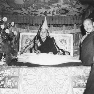 O governo comunista da China não queria um sucessor ao Dalai Lama.
