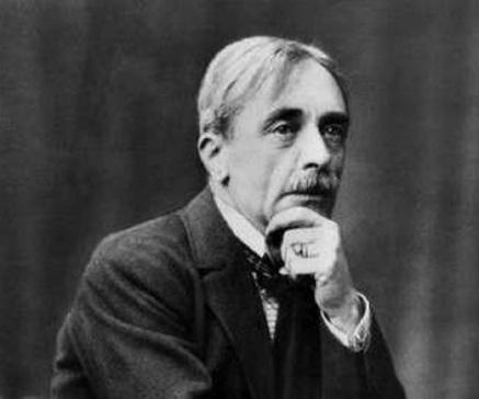 Paul Valéry, filósofo, escritor e poeta francês, 2