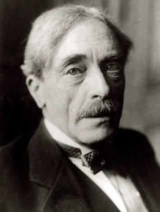 Paul Valéry, filósofo, escritor e poeta francês, 3