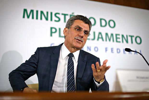 O ministro Romero Jucá (Planejamento), durante entrevista coletiva sobre áudio vazado