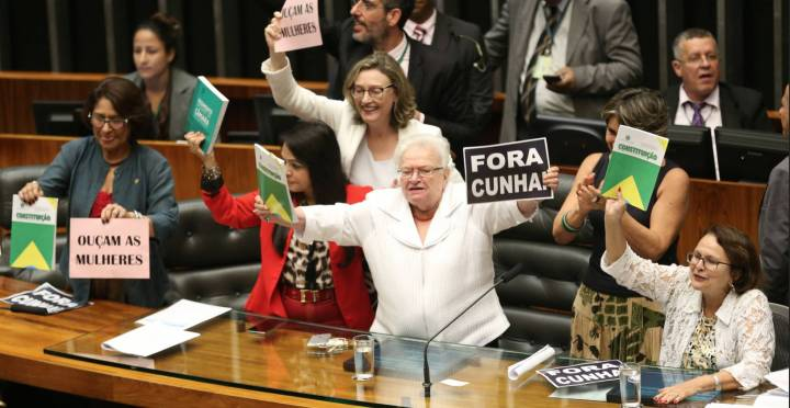 Deputadas protestam na Câmara - Fabio Rodrigues Pozzebom - Agência Brasil