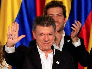 2016 - O presidente colombiano Juan Manuel Santos, pelas negociações de paz com as FARC.