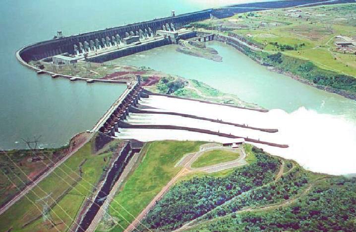 Usina Hidroelétrica de Itaipu.