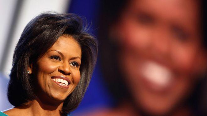 michelle-obama-foi-revelada-ao-mundo-na-convencao-democrata-de-2008-quando-seu-marido-foi-nomeado-como-candidato-pelo-partido