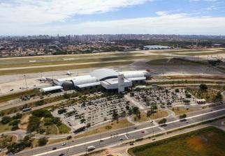 13 de Abril - Aeroporto Internacional Pinto Martins, em Fortaleza.