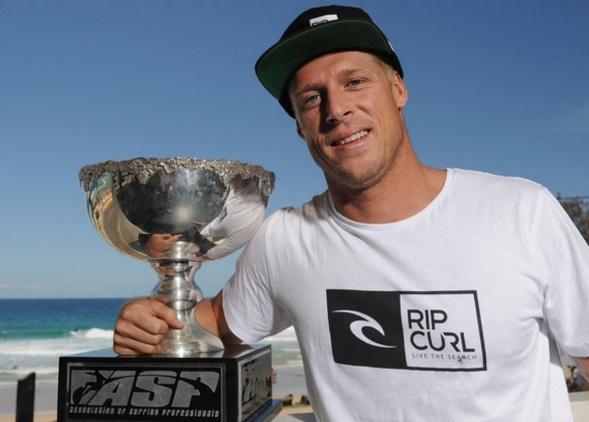 13 de Junho - 1981 – Mick Fanning, surfista australiano.