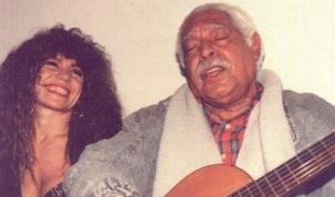 17 de Agosto – Elba Ramalho - 1951 – 66 Anos em 2017 - Acontecimentos do Dia - Foto 17 - Elba Ramalho e Dorival Caymmi.