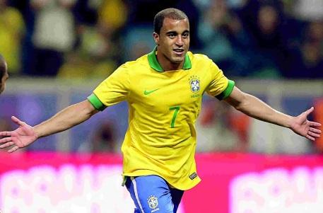 13 de Agosto – 1992 — Lucas Moura, futebolista brasileiro.