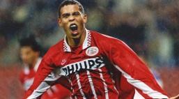 22 de Setembro – Ronaldo Nazário - Fenômeno - 1976 – 41 Anos em 2017 - Acontecimentos do Dia - Foto 18.