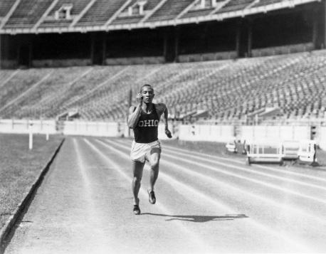 12 de Setembro – Jesse Owens - 1913 – 104 Anos em 2017 - Acontecimentos do Dia - Foto 3.