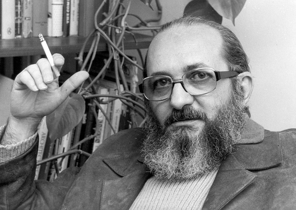 2 de maio - Paulo Freire