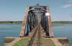 15 de Junho - Ponte Francisco de Sá no Rio Paraná — Três Lagoas (MS) — 102 Anos.