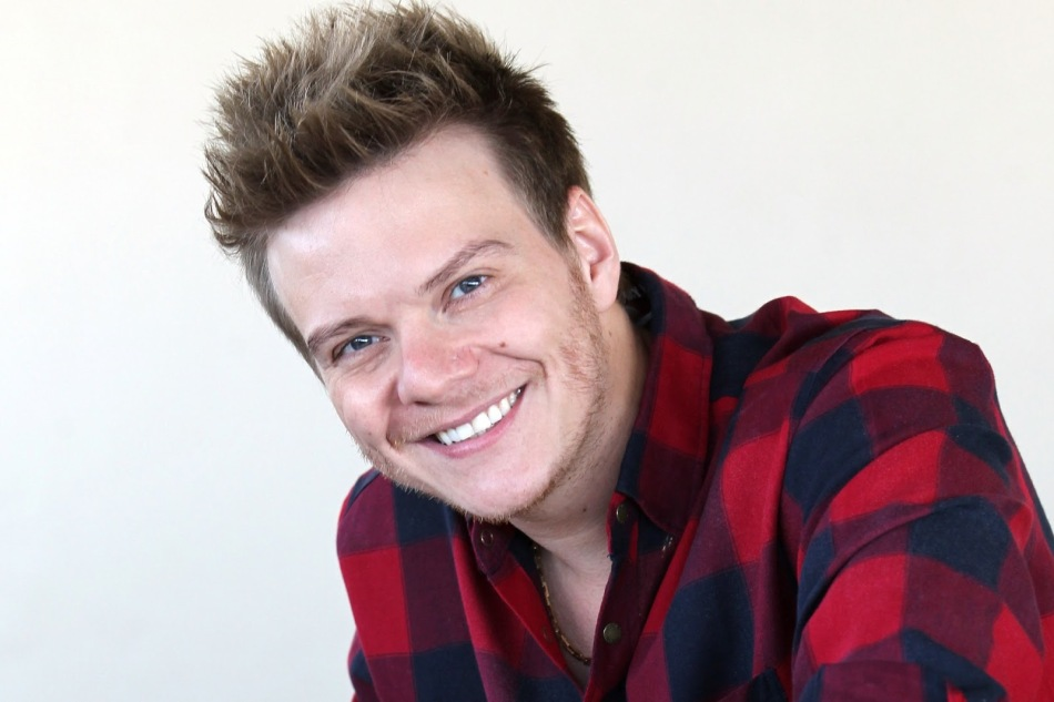 21-de-janeiro-michel-telo-cantor-e-compositor-brasileiro