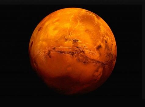 27 de Agosto — 2003 – Marte atinge a menor distância da Terra em quase 60 mil anos, passando a aproximadamente 55 768 006 km.