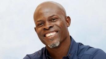 24 de Abril - 1964 — Djimon Hounsou, ator, dançarino e modelo beninense, naturalizado estadunidense.