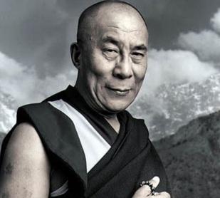 6 de Julho – 1935 – Tenzin Gyatso, atual Dalai Lama e líder religioso do Budismo.