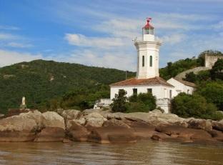 14 de Setembro – Farol de Itapuã visto da Lagoa dos Patos — Viamão (RS) — 276 Anos em 2017.