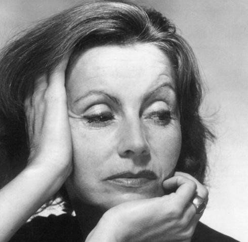18 de Setembro – Greta Garbo - 1905 – 112 Anos Anos em 2017 - Acontecimentos do Dia - Foto 19 - Em 1951, aos 46 anos, fotografada por George Hoyningen-Huene.