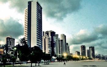 4 de Maio - Candeias é o bairro mais populoso do município – Jaboatão dos Guararapes (PE).