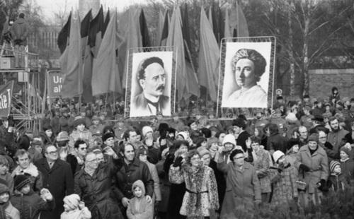 Rosa Luxemburgo, filósofa, marxista, economista, política, líder, 12