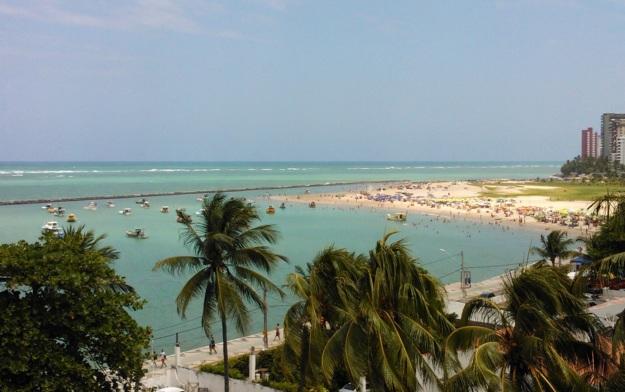 4 de Maio - Praias de Candeias e Piedade – Jaboatão dos Guararapes (PE).