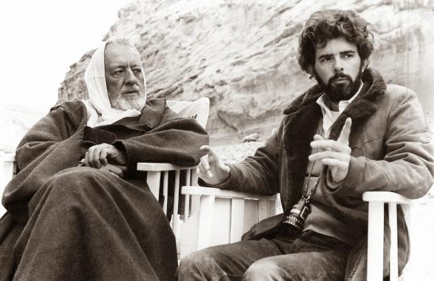 14 de Maio - 1944 – George Lucas, cineasta estadunidense, gravação, Star Wars, com Obi-Wan Kenobi (Alec Guiness).