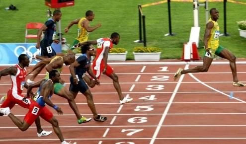 21 de Agosto — CAPA • Usain Bolt - 1986 – 31 Anos em 2017 - Acontecimentos do Dia - Foto 8.