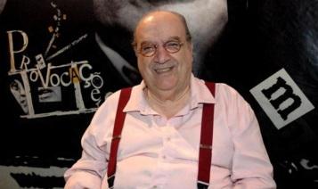 28 de Abril - 2015 – Antônio Abujamra, ator, diretor de teatro e apresentador de televisão brasileiro (n. 1932).