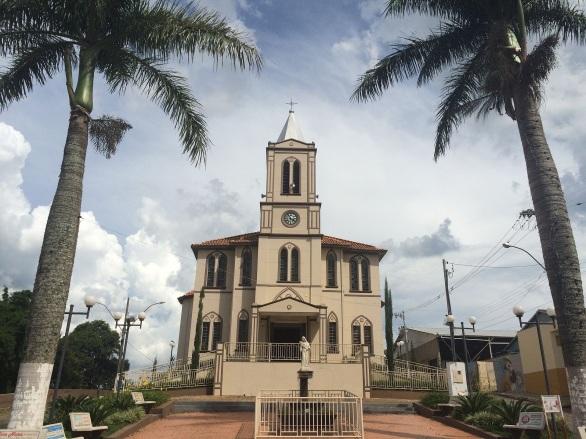 10 de Setembro – Igreja Matriz de Santa Rita de Cassia — Nova Resende (MG) — 92 Anos em 2017.