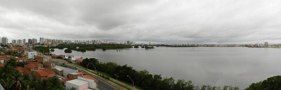 8 de Setembro – Vista panorâmica da parte nova da cidade a partir da Lagoa da Jansen — São Luís (MA) — 405 Anos em 2017.