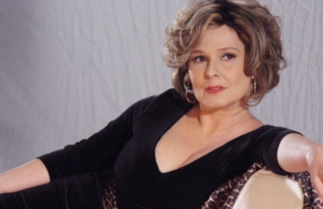 17 de Abril - 1955 — Louise Cardoso - atriz.