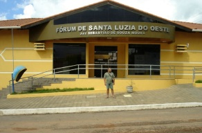 11 de Maio - Santa Luzia D'Oeste (RO) – Fórum da cidade.