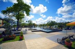 28 de Setembro – Praça do centro comercial da cidade — Camaçari (BA) — 259 Anos em 2017.