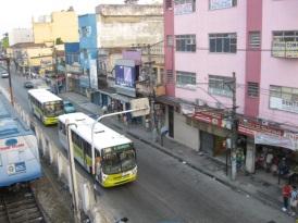 21 de Agosto — Avenida da cidade — Nilópolis (RJ) — 70 Anos em 2017.