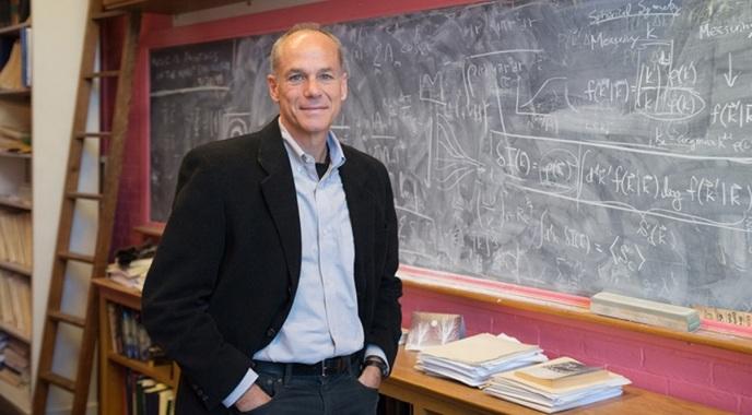 19 de Março - Marcelo Gleiser - físico - astrônomo e escritor brasileiro.