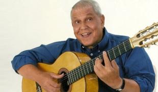 22 de Agosto — 1937 – Ary Toledo, humorista brasileiro.