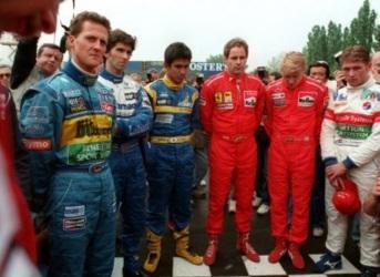30 de Abril - Pilotos da F1 em Ímola no fim de semana da morte de Ayrton Senna e Roland Ratzenberger.