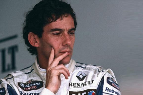 1 de Maio - Ayrton Senna em paz no Grande Prêmio de San Marino, 1994.