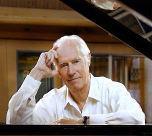 3-de-janeiro-george-martin-produtor-musical-musico-e-maestro-britanico