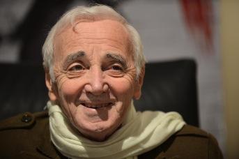 22 de maio - Charles Aznavour, cantor, ator e compositor francês.