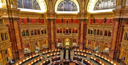 24 de Abril - 1800 — É inaugurada a Biblioteca do Congresso dos Estados Unidos em Washington, DC.