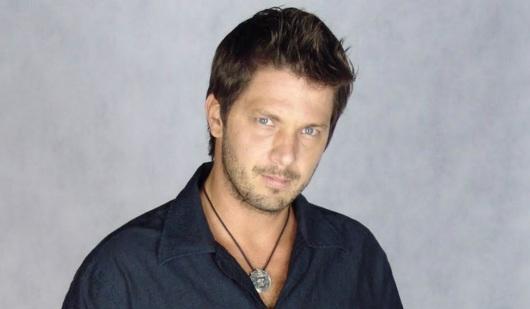 9 de Outubro - 1971 – Mário Frias, ator, apresentador e cantor brasileiro.
