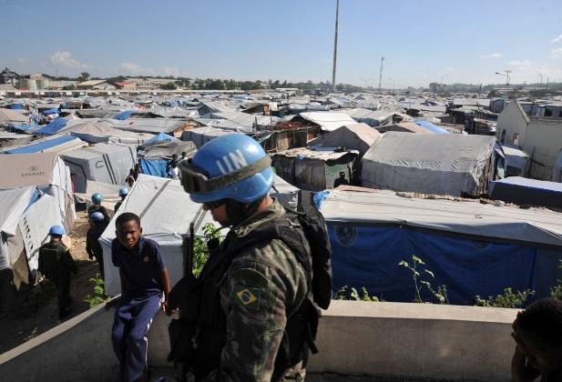 30 de Abril - 2004 — Conselho de Segurança das Nações Unidas cria a missão de paz MINUSTAH