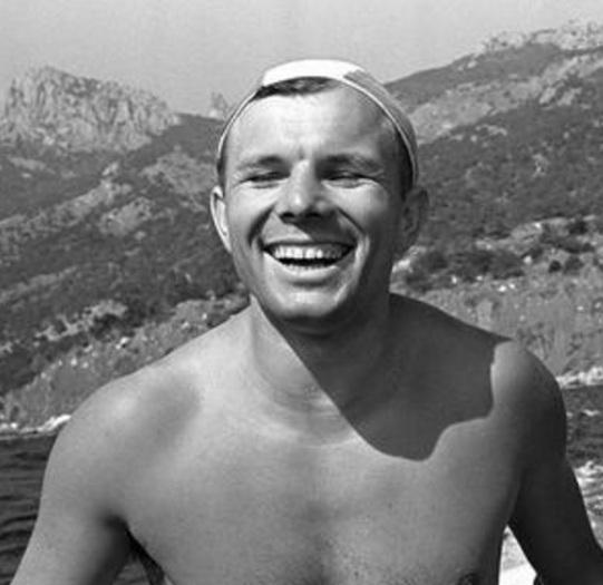 9 de março - Yuri Gagarin, cosmonauta soviético