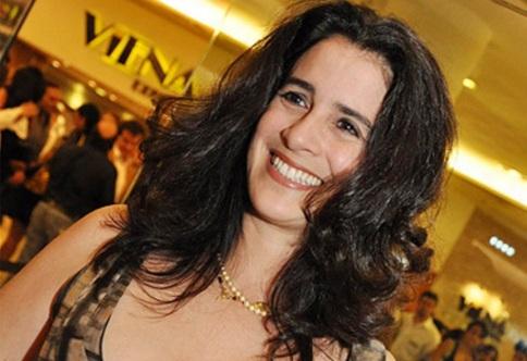 11 de Julho – Lúcia Veríssimo - 1958 – 59 Anos em 2017 - Acontecimentos do Dia - Foto 2.